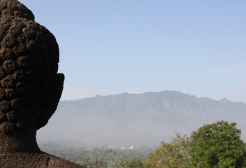 Tour Matahari Terbit di Borobudur